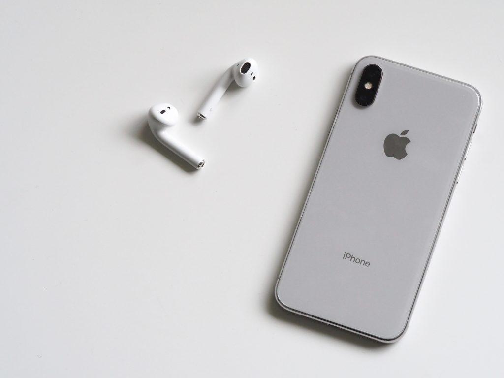 Gaan nieuwe iPhones steeds minder lang mee?