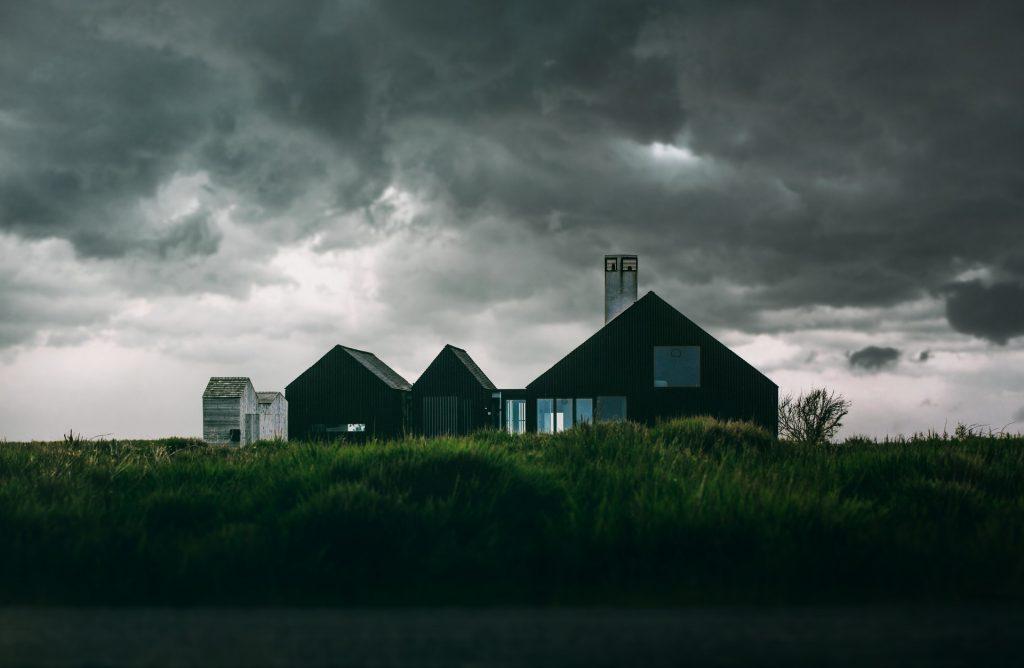 Wat is een typische schade aan je huis bij storm?