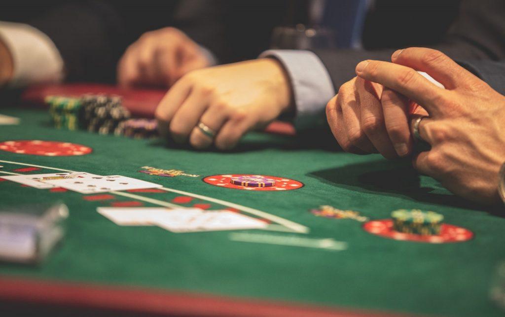 Gok je voor het eerst in een online casino? Lees deze tips voor de beste speelervaring