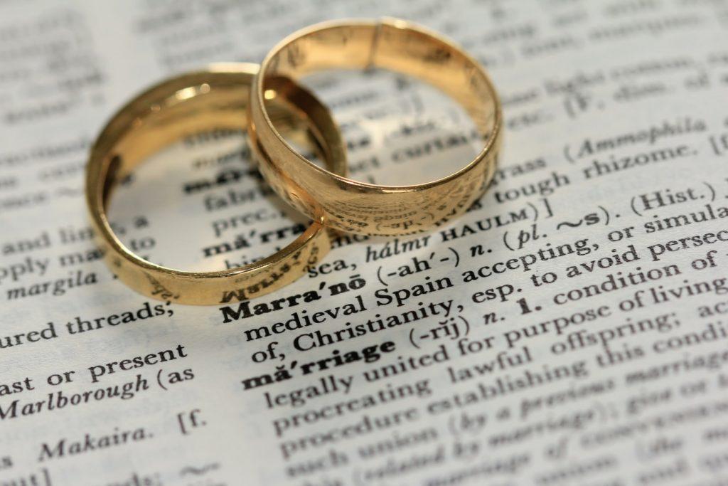 Kun je van elkaar scheiden zonder fysiek aanwezig te zijn?